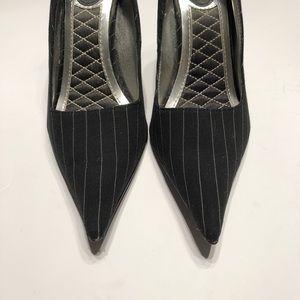 💥SALE💥 EUC Pinstripe Heels Sz 6.5